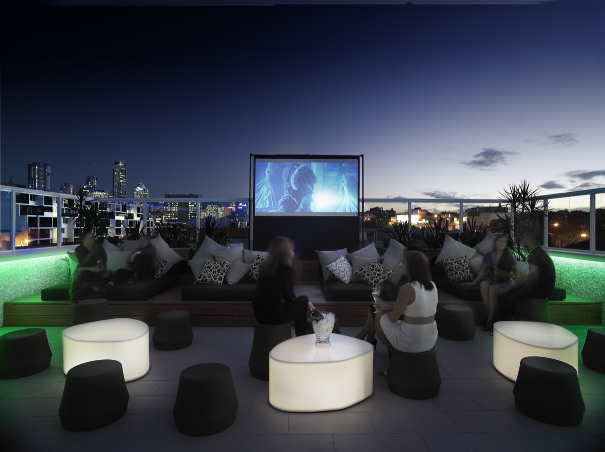 Limes rooftop cinema returnsthe creative issue news for for Design hotel le cinema