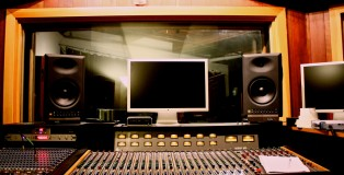 Studio_SQ,_Control_Room