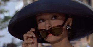 Audrey_Hepburn_Tiffany's_700
