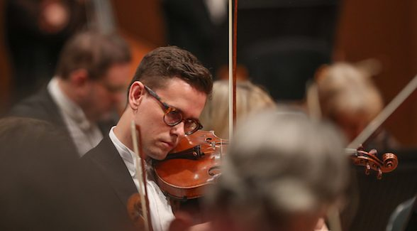 QSO REVIEW: Why You Should Watch A Symphony Orchestra Solo