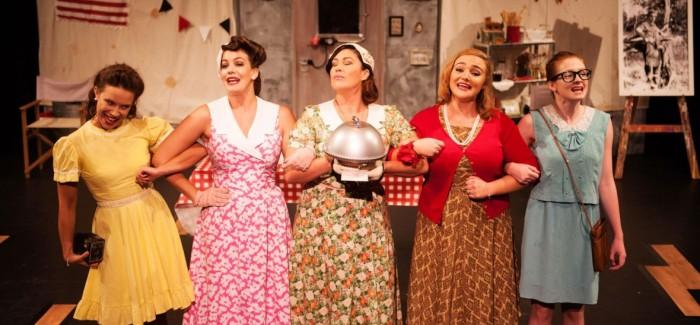 Review: 5 Lesbians Eating A Quiche
