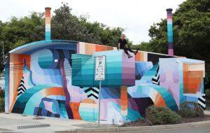 Street art - Leans