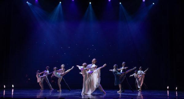 Queensland Ballet Dancin' in the rain at Riverstage